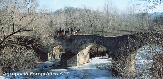 Sant pere de torell for Piscina de torello